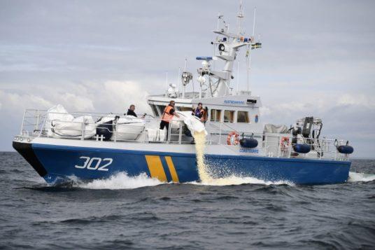 rassegna stampa svedese assosvezia marea popcorn Mar Baltico Balex Delta  fuoriuscita petrolio