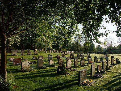 stressati a morte tendenza funerali senza cerimonia svezia rassegna stampa svedese assosvezia