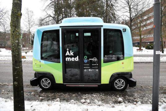bus driverless senza conducente Järfälla stoccolma kth rassegna stampa svedese assosvezia