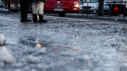 ghiaccio asfalto sicurezza stradale rassegna stampa svedese assosvezia