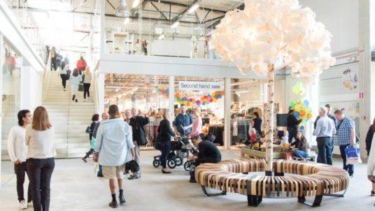 ReTuna Återbruksgalleria centro commerciale vende solo oggetti riciclati