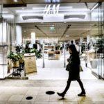 L'avanzata dell ecommerce i negozi fisici chiudono